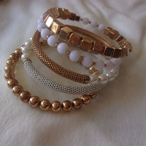 Spiral braclet lots of shine and sparkle